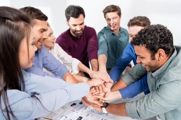 10-steps-to-build-sales-team (2)